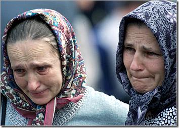 two_women_iraq_invasion